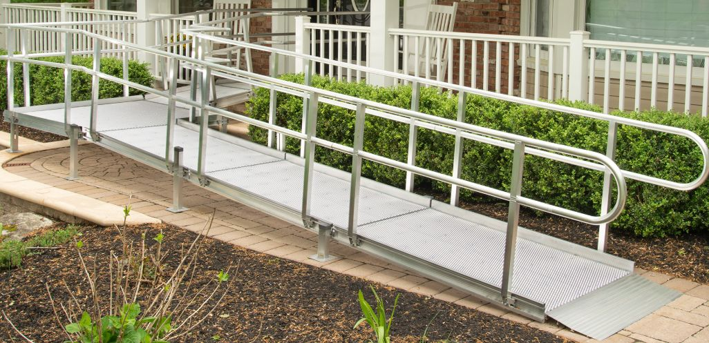 Aluminum Modular Wheelchair Ramp on portable home ramps, garage ramps, barn ramps, house ramps, lowe's ramps, prefabricated handicapped ramps, home depot loading ramps, mobile yard ramps, storage unit ramps, home handicap ramps, mobile container ramps, trailer ramps, warehouse ramps, truck ramps, residential ramps, mobile loading ramps, boat ramps, mobile skate ramps, apartment stair ramps, home made car ramps,
